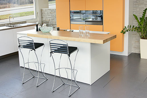 Holz • Weiss Küchen + Innenausbau AG